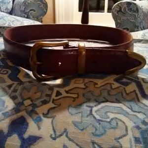 FOSSIL LEATHER BELT.